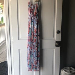 Forever 21 contemporary floral maxi dress